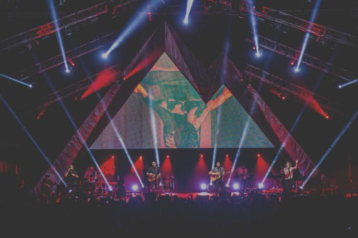 Hillsong Worship Tour  Usa