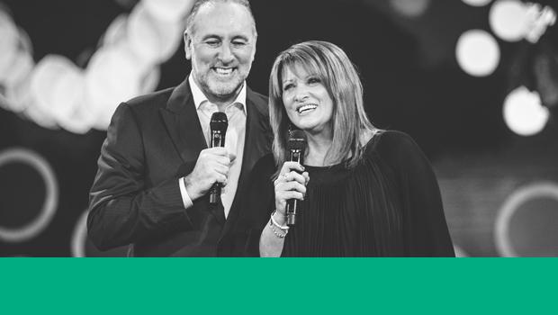 Jour 2 : Vision Sunday et nos pasteurs Brian et Bobbie Houston | #21jours